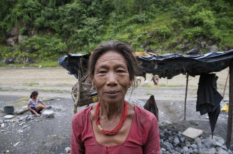 spaccapietre (nepal) 26